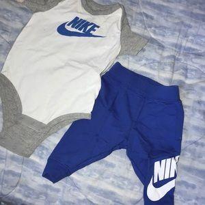 Nike 2pc playset